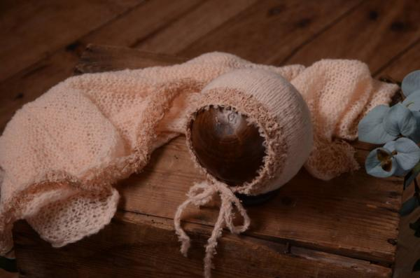 Set en mohair de wrap et bonnet fantaisie rose saumon